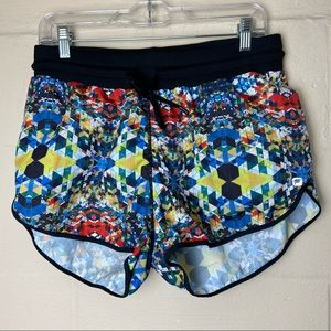 fabletics carrie geometric shorts medium